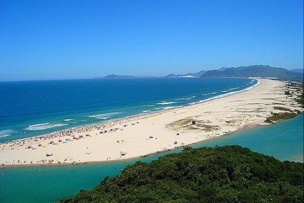 Praia guarda do embau2